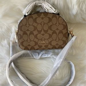 Coach New York Sling bag Or crossbody